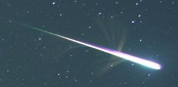 habra-lluvia-de-meteoros-esta-noche