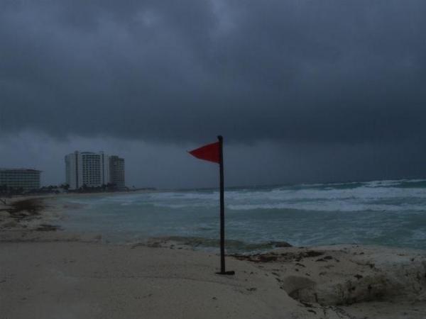 huracan-patricia-se-eleva-a-categoria-4