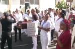 enfermeras protestan con caja e muerto video Enfermeras protestan con caja e muerto [VIDEO]