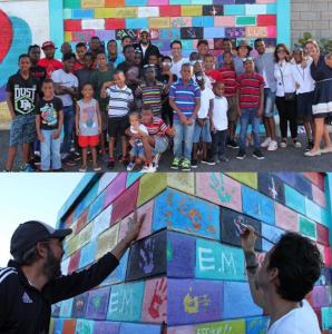 Juan Luis Guerra y Marc Anthony visitan Orfanato en La Roma