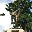 marichallllll Los macos de la estatua de Juan Marichal