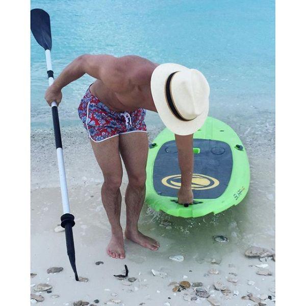 pr2 Fotos   Prince Royce presume musculatura en la playa