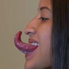 lengua La tipa con la lengua más larga del mundo
