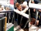 arizona Policía de Arizona le da pecozá a una mujer