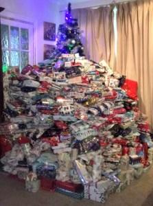 regalox Mujer es criticada por regalar demasiadas vainas a sus hijos
