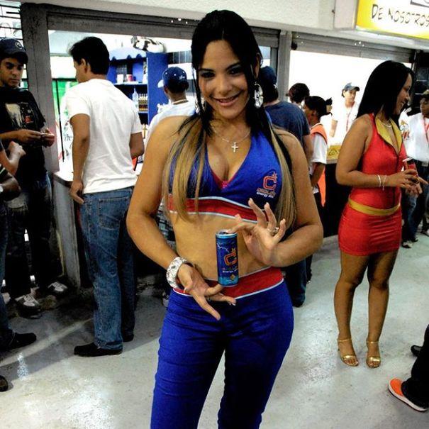 15876754 244544765970132 5909508247743627264 n Foto   Presentadora Sandra Berrocal en tiempos de olla