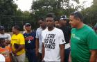 dee gordon Jugador de MLB ayuda a comunidad de Monte Plata