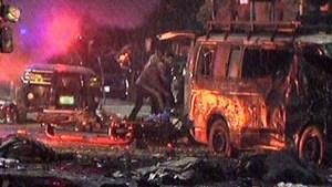 coche bomba Pakistán: Momento en que explota coche bomba