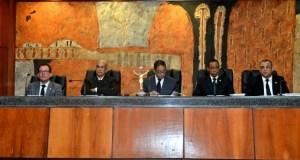 jueces Suspenden y envían a juicio disciplinario a tres jueces
