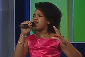 nina Niña dominicana de 11 años impresiona con su voz