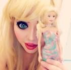 barbie humana Gasta pila'e cuarto dizque pa' ser una 'Barbie humana'