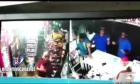 minimarket en santiago Ay Santiago!, la ciudad corazón: así atracaron este minimarket