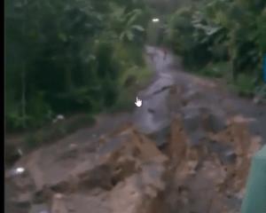 san francisco de macorc3ads Omaigá!   Se desmorona calle en San Francisco de Macorís (video)