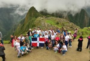 dominicanos machu picchu Foto chula: Bandera Dominicana en Machu Picchu