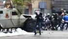 venezuela2 Video   Tanqueta atropella a manifestantes en Venezuela