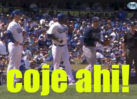 titua Video   Pelotero cae con el truco más viejo del béisbol