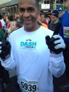 Julio Sanchez, tiene 58 años de edad, sobreviviente de cancer y va a correr el maraton mañana.