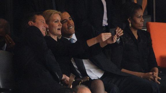 presidential-selfie