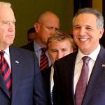 14273407860 f5a607cdd9 z FOTOS   El vice gringo, Joe Biden, en el Palacio Nacional [RD]
