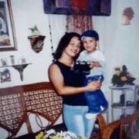 Detalles de la mujer asesinada por rozar carro en Los Mina