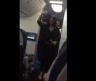 Miguel Vargas 300x253 Video   Tipo se quilla con la jeva de Miguel Vargas en un avión