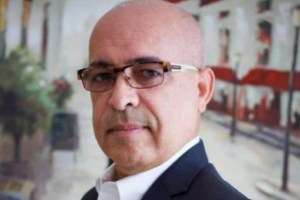 angel martinez 300x200 Escritor dominicano recibe el Premio Global de Periodismo 2017 en Miami