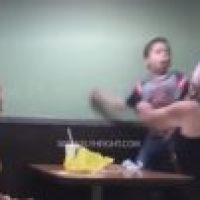 Una buena pela! – 'Chamaquito' maldice y golpea a su madre y abuela