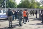 militares 1 150x103 Puerto de Boca Chica con pila'e guardias y policías