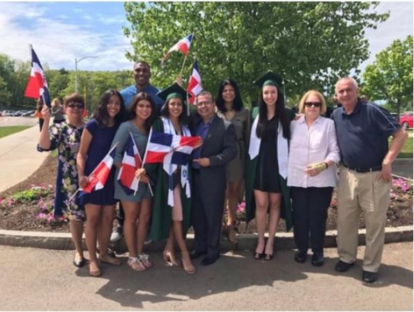 rd3 Fotos   Orgullo dominicano en graduaciones en USA