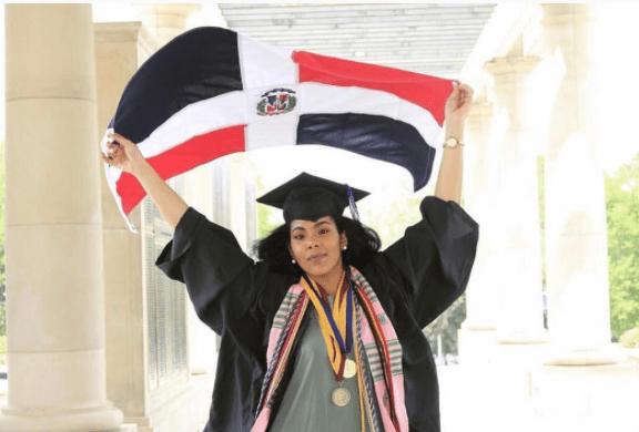 rd6 Fotos   Orgullo dominicano en graduaciones en USA
