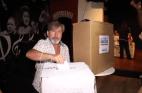"""Ricardo Montaner 300x196 Así votó Ricardo Montaner en RD; """"esta es la fiesta de despedida"""""""