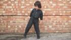 Ropa niño 300x169 La ropa que se alarga junto a los niños (video)