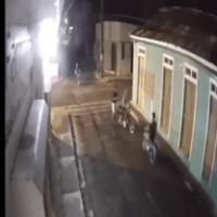 Video - MotoLadronazos; mira cómo atracan en Baní