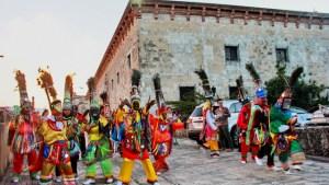 Guloyas 300x169 Conmemoran Día Mundial del Folklore en RD