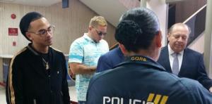 Ozuna 300x148 El reguetonero Ozuna llega a la Policía; rompe el silencio