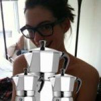 Hacker freco filtra fotos intimas de Anne Hathaway