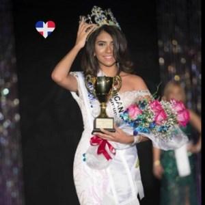 miss mundo9250851261675 n 300x300 República Dominicana obtuvo corona Miss Mundo Latina USA