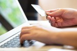 tarjeta credito 150x100 Ojo! –Las emociones pueden joder tus finanzas