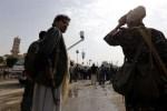 yemen 150x100 Ejecutan violador y cuelgan su cadáver en una grúa