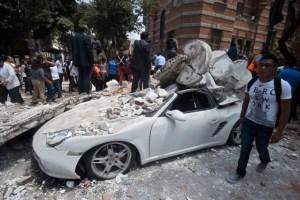 terremoto 300x200 Primeras imágenes de México tras terremoto