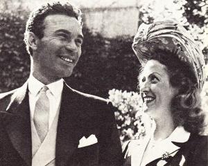 rubi 300x240 Muere la actriz que se casó con Porfirio Rubirosa