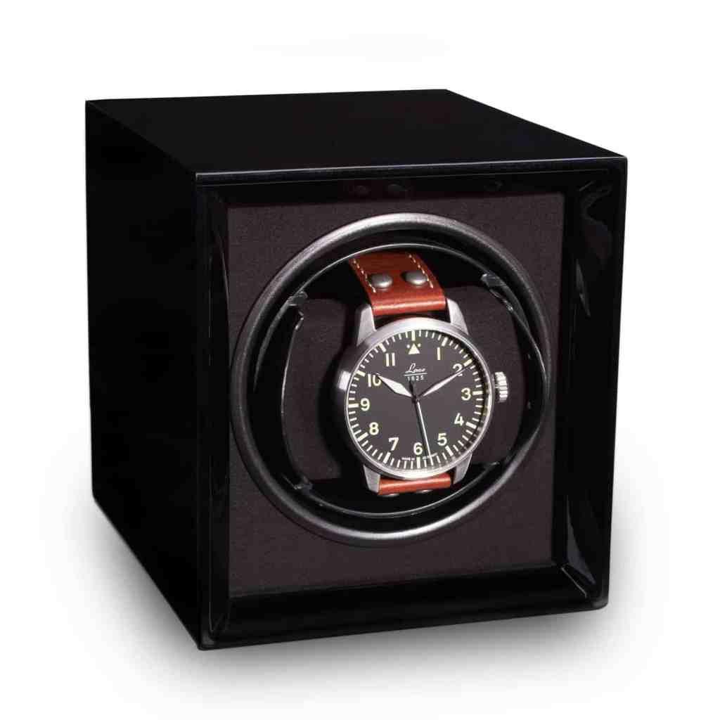 Грижа за часовника - устройство за навиване на автоматичен часовник