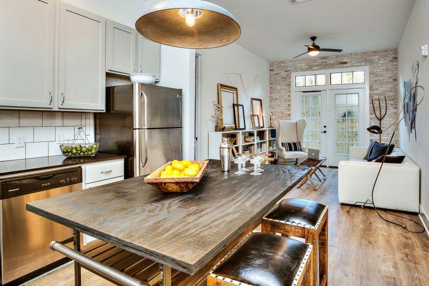 дизайн интерьера кухни совмещенной с гостиной фото 7