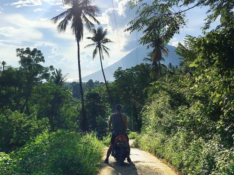 bunaken island bike hire
