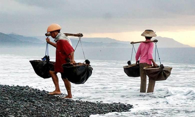 Hidden Gem Salt Farmers in Les Village, Bali