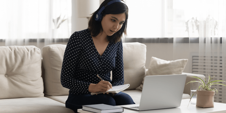 How to Stay Focused During a Video Call