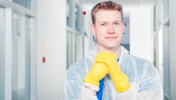 How to Start a Roof Cleaning Business with Low Startup Costs