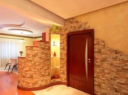 artificial stone in the interior