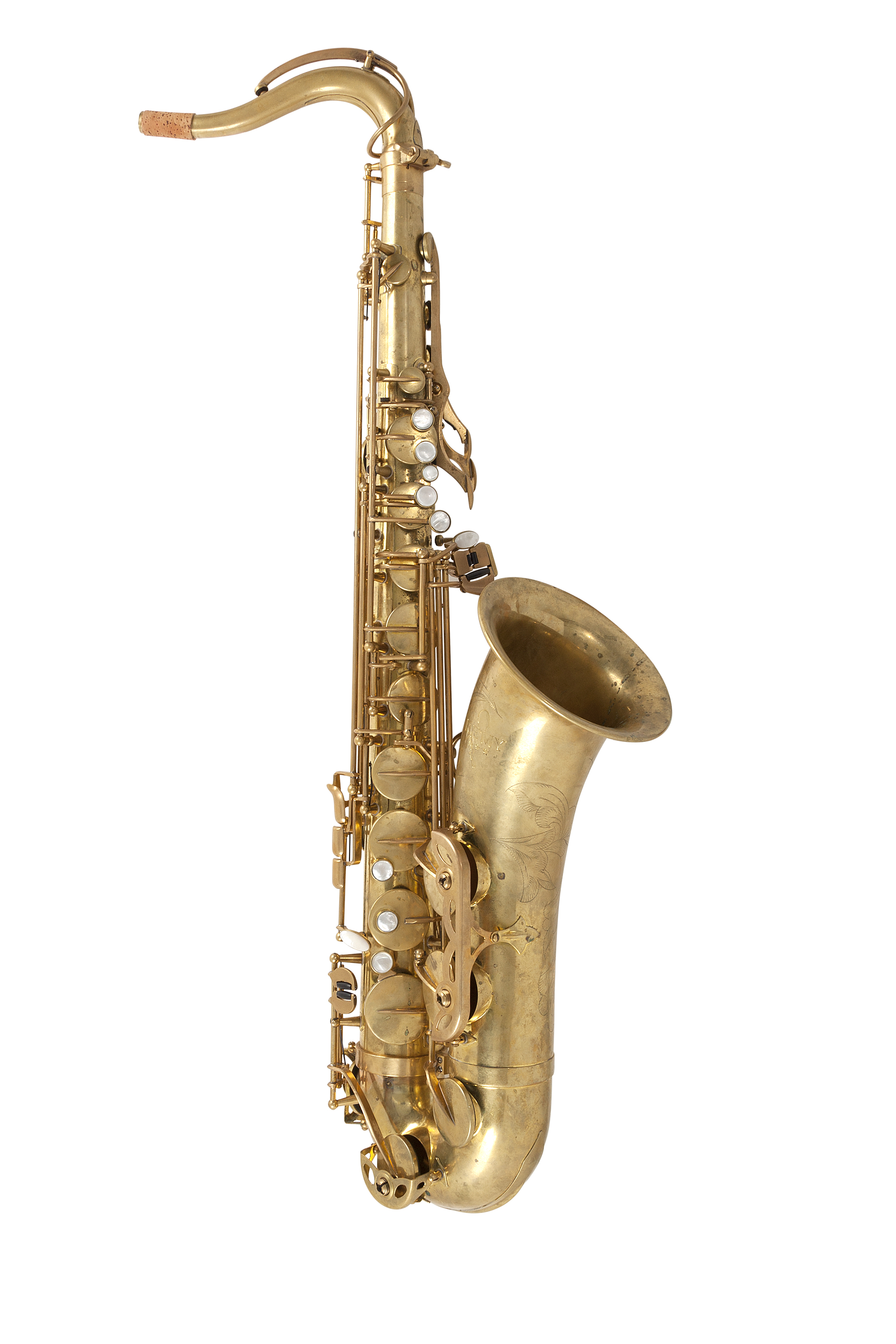 remy-saxophone-tenor_sideright
