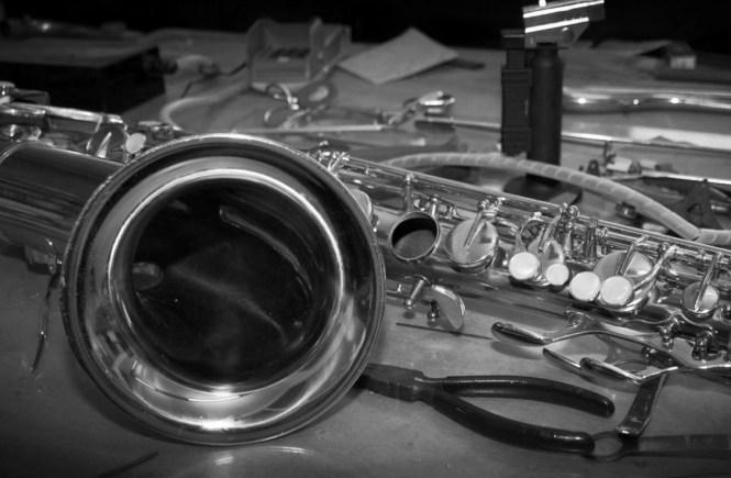 saxofoon revisie en reparatie